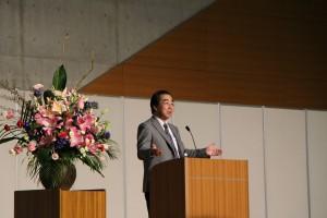 子どもの切り開いた道を後ろから支えてあげましょう。やさしい庄井先生の声。